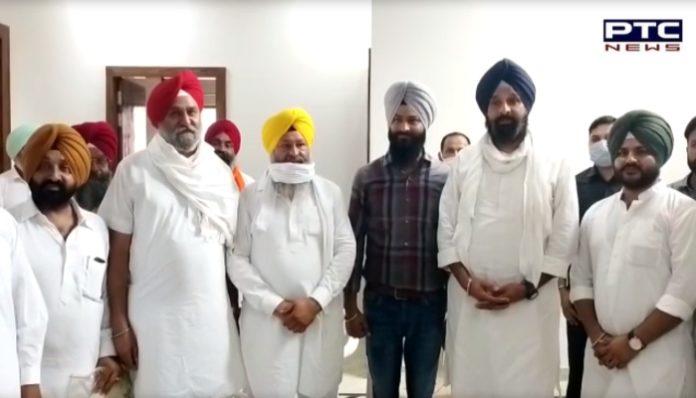 Bikram Singh Majithia Honor by Shiromani Akali Dal leaders at Batala