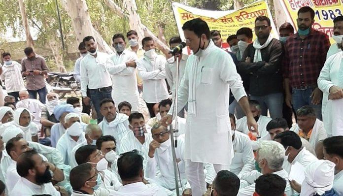 Congress Leader Randeep Surjewala Addresses PTI Teachers in Jind