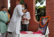 Dushyant Chautala became emotional after remembering Dadi Snehlata