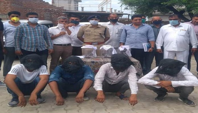 Inter-district gang of auto lifters busted, 4 arrested | Haryana Police