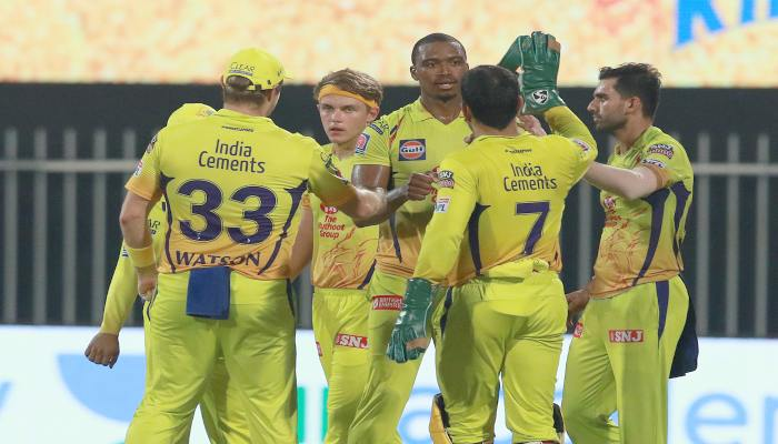 Dream 11 IPL MS Dhoni's triple sixes in the final over