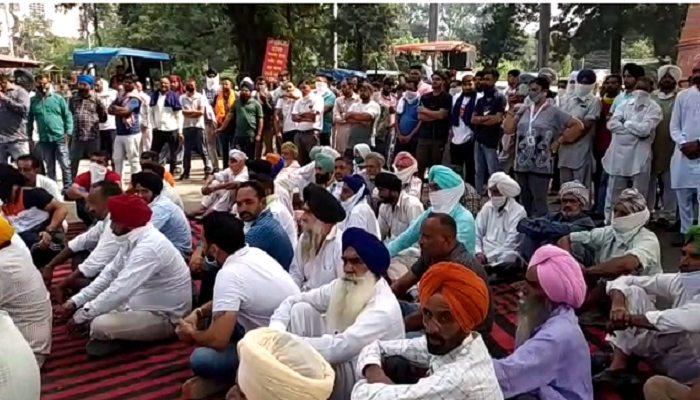 Farmers Chakka Jam in Haryana and Punjab Haryana Latest News (1)