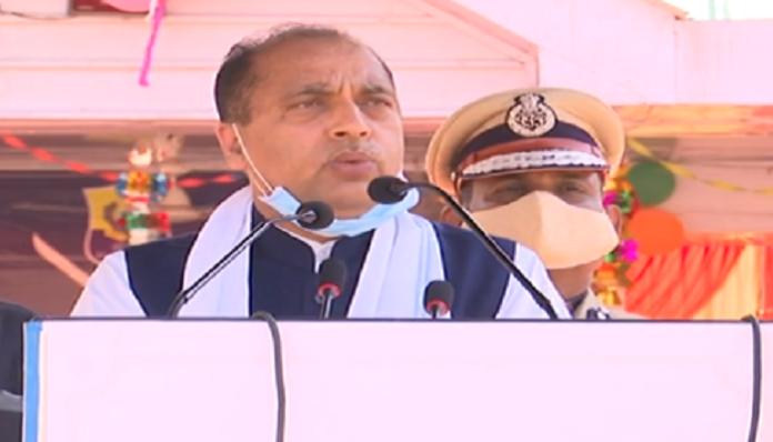 Jai Ram Thakur praises Police for commendable work during Corona pandemic