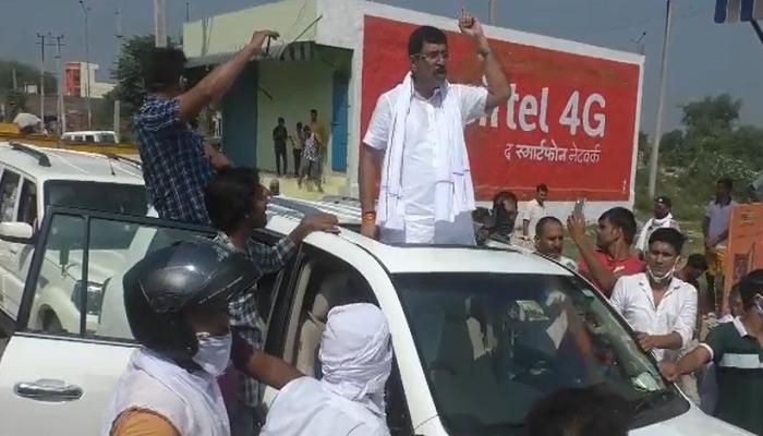 Lathi charge on farmers going for Pipli rally Haryana Latest News