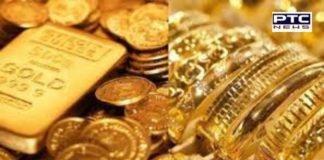 Gold recovered 2 passengers from Dubai at Rajasansi Airport