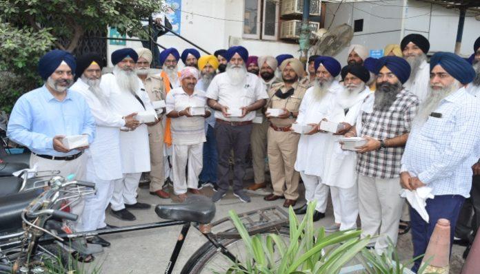 Parkash Purab of Guru Ram Das Ji Regarding Invitation letter issued by SGPC to shopkeepers