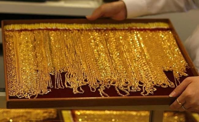 Gold prices fell while silver prices also dropped after Pfizer announced that COVID-19 vaccine is over 90 percent effective following a trial.