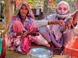 70-year-old tea-seller from Delhi