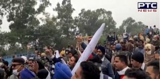 Ambala: Farmers break police barricades, clash between farmers and police