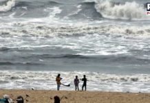Cyclone Nivar to hit Tamil Nadu and Puducherry