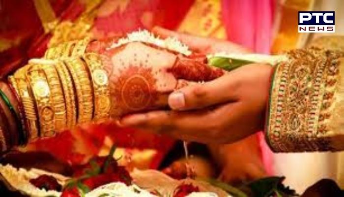 Girl make sarwala in marriage village mall katora in Malout