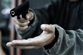 Robbers Absconding after looting Rs 5.5 lakh from father and son in Bhikhiwind