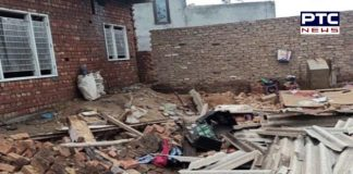elderly woman, including a child, died the roof of old house collapsed