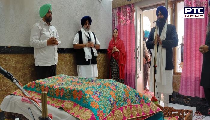 Amritsar: Shiromani Akali Dal President Sukhbir Singh Badal and Harsimrat Kaur Badal paid obeisance at Sri Harmandir Sahib aka Golden Temple.
