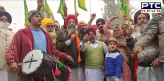 Barnala: Farmers to head for Delhi from Badbar Toll Plaza dhol vaja ke