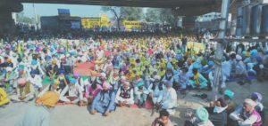 Bharat Bandh : Farmers protest at Budhlada and Lohian Khas Against Farm Bills