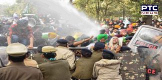 Farmers' protest : farmers break police barricades at Shahjahanpur ,Cops use water cannon