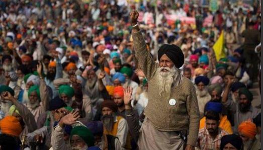 Farmers protest against farm laws 2020: Punjab farmers at Singhu border to burn effigies of Narendra Modi, Mukesh Ambani, Gautam Adani .