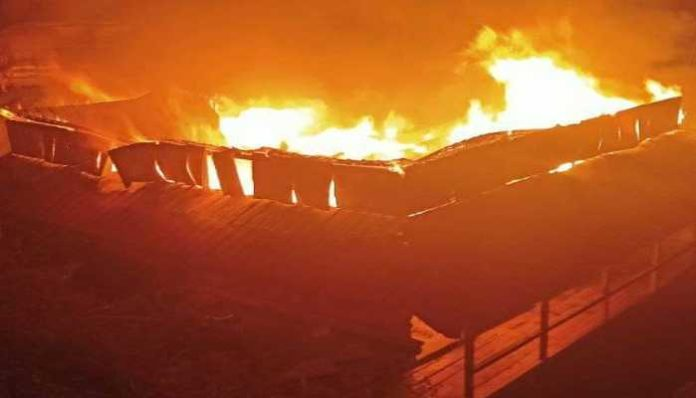 Wooden house gutted in fire