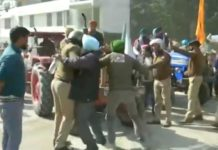 Farmers Protest: Major scuffle breaks out between farmers and police in Uttarakhand
