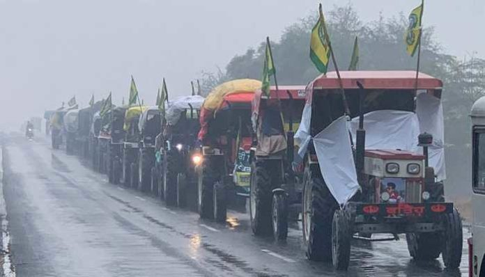 SAD urges Centre not to violate constitution by stopping farmers' Tractor march