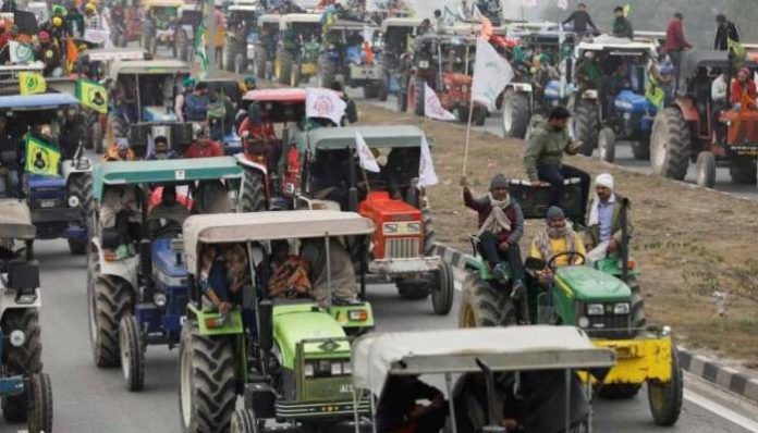 Uttarakhand Farmers Protest: Scuffle broke out between farmers and police officials in Dehradun, in a protest against farm laws 2020.
