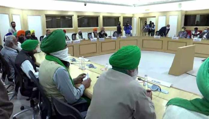 Talks Between Govt and Farmers