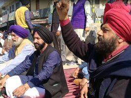 Himachal Pradesh: Farmers from Poanta Sahib extend support to Chakka Jam