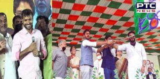 Former Indian cricketer Ashok Dinda joins BJP