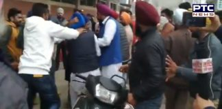 Congress and independent candidate between clash at Booth No. 76,77 in Batala
