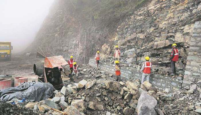 Road projects Himachal