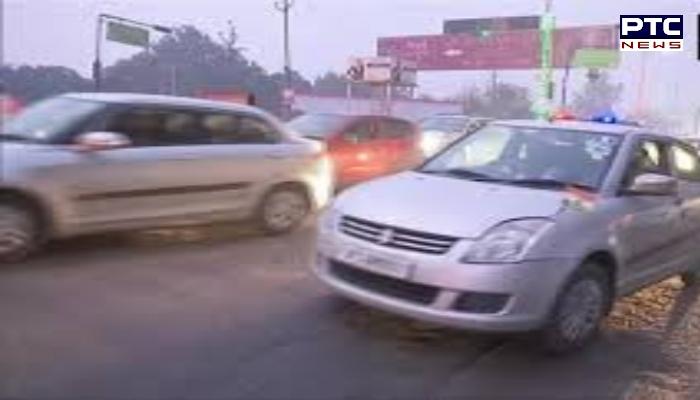 UP : Priyanka Gandhi to visit Rampur , Vehicles collide on UP's Hapur Road