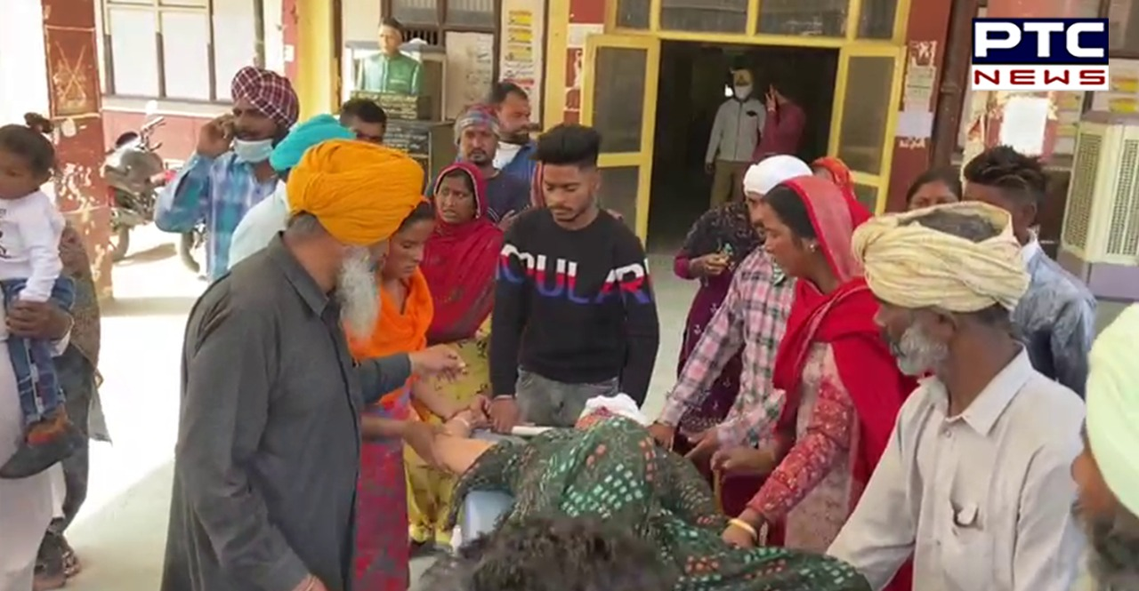 Moga: Road Accident with a tractor-trolley full of labor , Women and children injured
