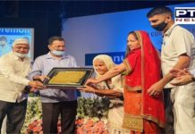 Arvind Kejriwal honours Punjab's 'dadi' mohinder kaur ji support to farmers protest