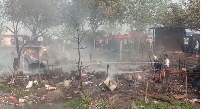 Fire after Cylinder blast near Bhagat Singh Colony in Jalandhar
