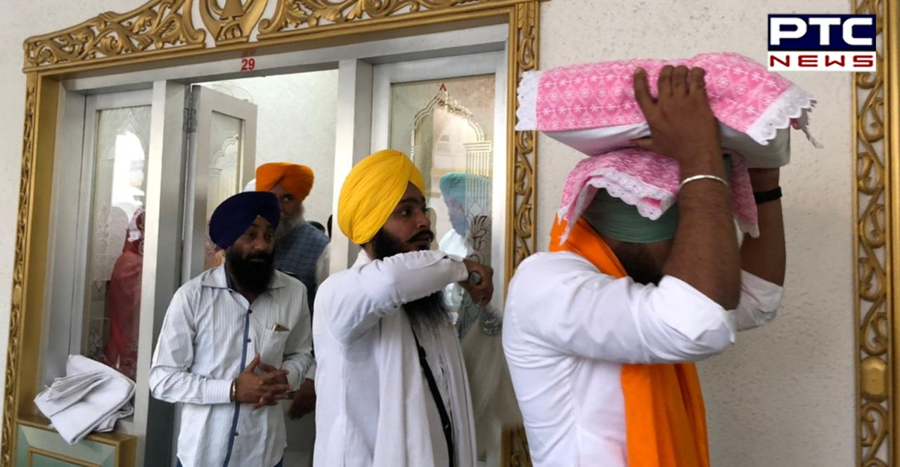 Punjabi singer and actor Ranjit Bawa at Sri Harmandir Sahib , Amritsar