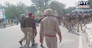 Teachers Protest Moti Mahal in Patiala, police lathicharge on Female Teacher