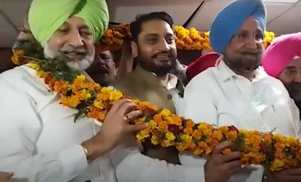Amarjit Singh Sidhu, brother of Punjab Health Minister Balbir Singh Sidhu, has been elected as the mayor of Mohali Municipal Corporation.