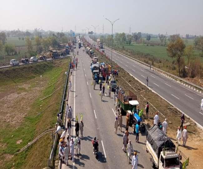 Farmers block KMP Expressway: Samyukta Kisan Morcha announced further strategy to intensify protest against three farm laws.