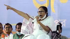 West Bengal elections : Mamata Banerjee gets EC notice over 'gherao CRPF' remark