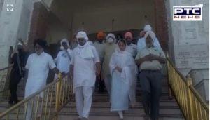 Sonia Mann and Rakesh Tikait son Gaurav at Sri Harmandir sahib , Amritsar