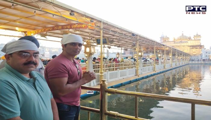 Sonu Sood : Bollywood Actor Sonu Sood at Sri Harmandir Sahib Amritsar