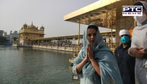 Kangana Ranaut visits Sri Harmandir Sahib in Amritsar for the first time with family