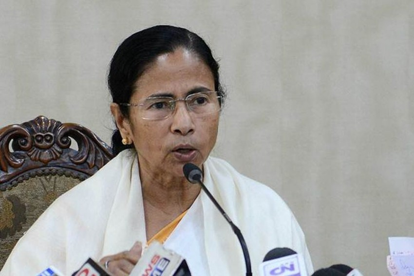 Bengal CM Mamata Banerjee's Brother Ashim Banerjee Dies Due To Covid-19