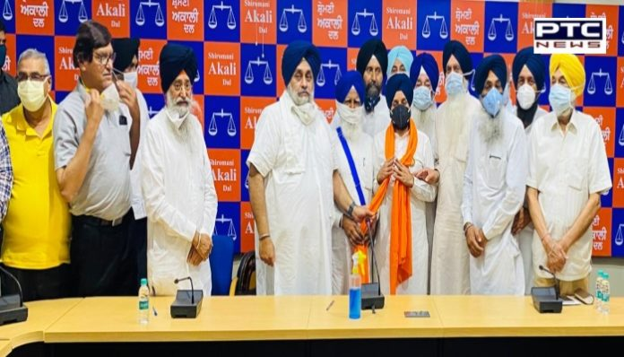 SAD gets boost in Fazilka with two-time Cong MLA Mohinder Rinwa joining the party