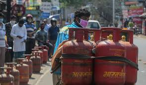 LPG Gas Price Cut by Rs 122! Check City-Wise LPG Cylinder Price Rate on June 1, 2021