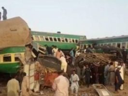 Pakistan train accident: 30 dead, several injured as two trains collide