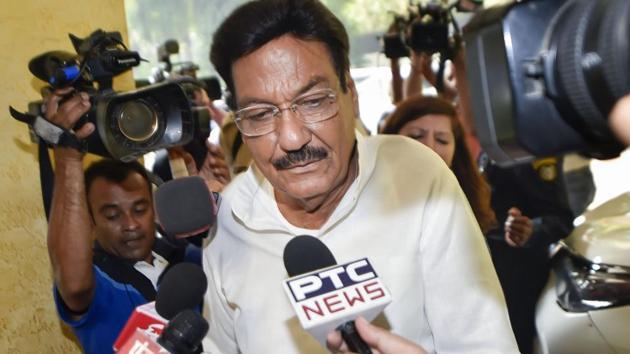 Politics on Power Cuts in Haryana, Hooda attacks on govt over power crisis
