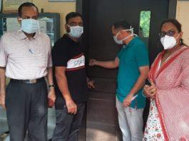 Punjab: Protesting doctors lock offices of SMOs, Civil Surgeons